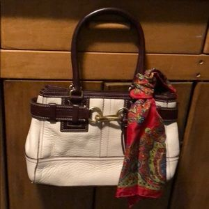 Coach new but no tag on